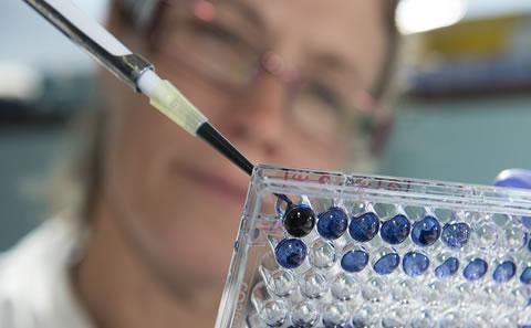 Treating brain tumours