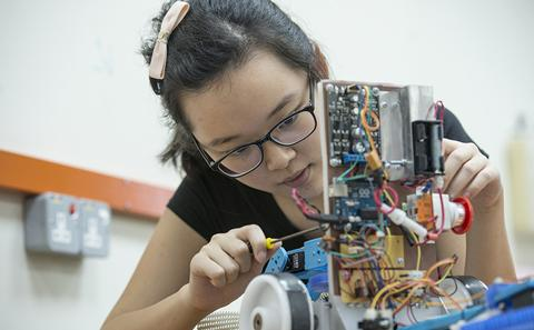 Engineering student on the Malaysia Campus
