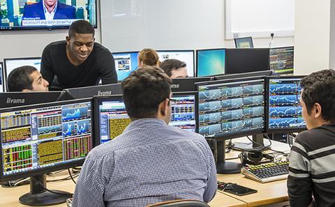 Bloomberg suite economics