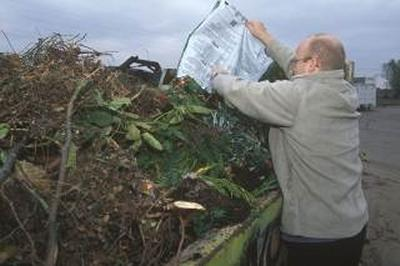Recycling garden waste