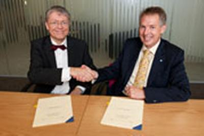 Dr Gerhard Sontheimer, of GNH, and the University's Professor Don Nutbeam