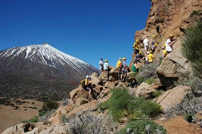Southampton students conducting fieldwork on the Las Cañadas volcanic caldera