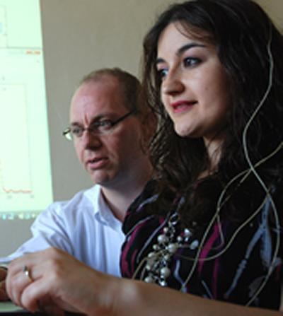 Dr Chris James demonstrates brain-to-brain communication.