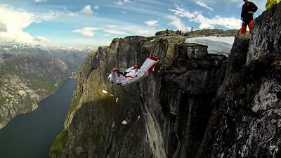Fig 8 Dr. Angelo Grubisic during wingsuit BASE jump training