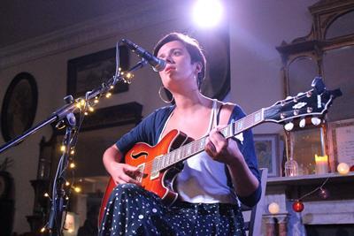 Singer songwriter Kitty O'Neal performs at Mencap Southampton July 2017