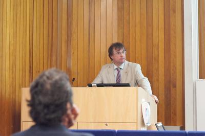 Tim Leighton presenting