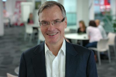 Prof Mark Hanson
