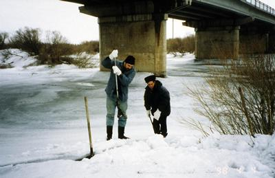Sampling from the River Nura shortly after the spring thaw