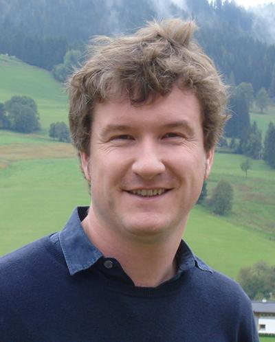 Dr Ian Jones