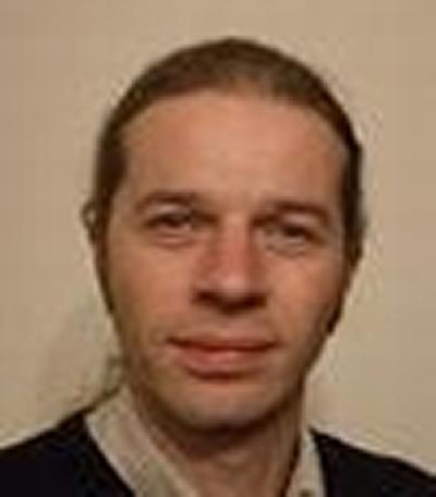 Dr Simon Coles