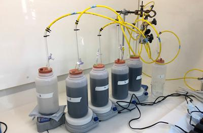 Experimental set up to determine the reactivity of mine waste material