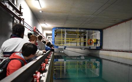 Summer School students at tow tank