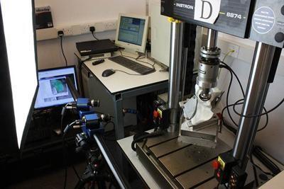 Instron 8870 multiaxial servo-hydraulic materials testing machine