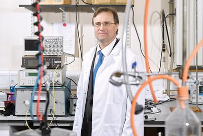 Photo of Prof Tim Leighton in his Laboratory