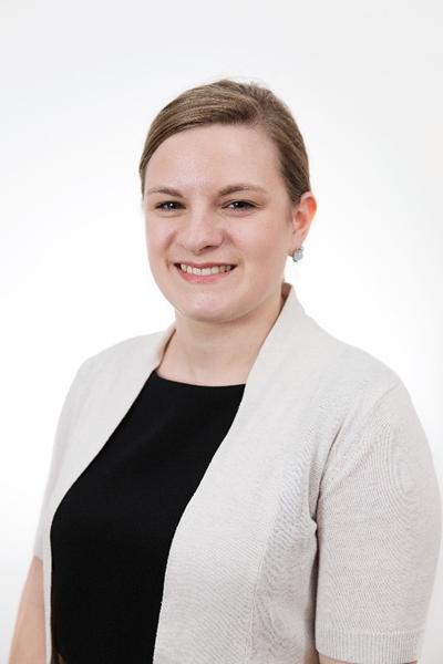 Dr Elizabeth Benedikz