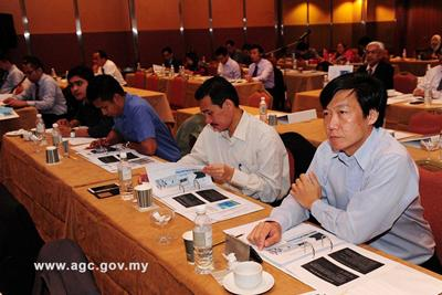 Attendees included members of regulatory organizations, legal firms, and shipping and oil companies.