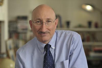 Portrait photo of David Cesarani