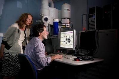 Electron microscopy facility