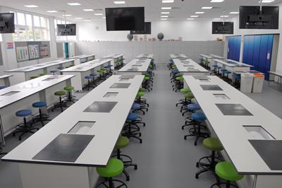 Newly refurbished Lab M - 101/06