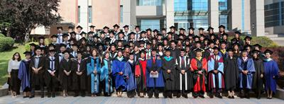 69 students graduated at the WSA Dalian campus.