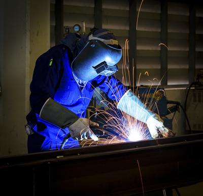 Our findings indicated a marked excess of deaths from pneumonia in welders exposed to metal fumes
