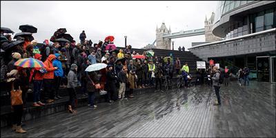 Bradley Garrett meeting with the public in London