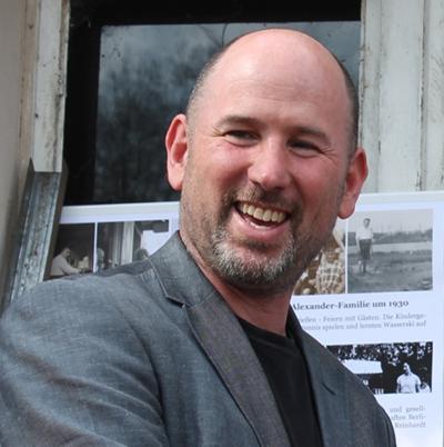 Photo of Thomas Harding