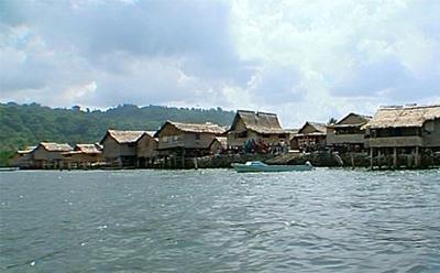 Walande Island in 2002