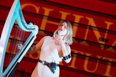 Eleanor Turner using the Myo armband (credit Nicola Gotts)
