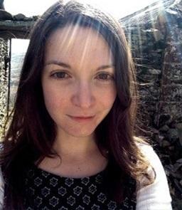 Dr Chloë McKenzie
