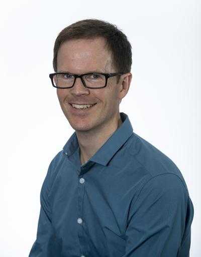Dr Ian Dawson