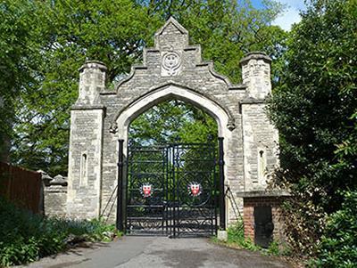 Southampton Cemetery Gates