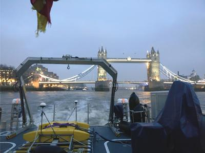 3D Chirp being used to survey in the River Thames.