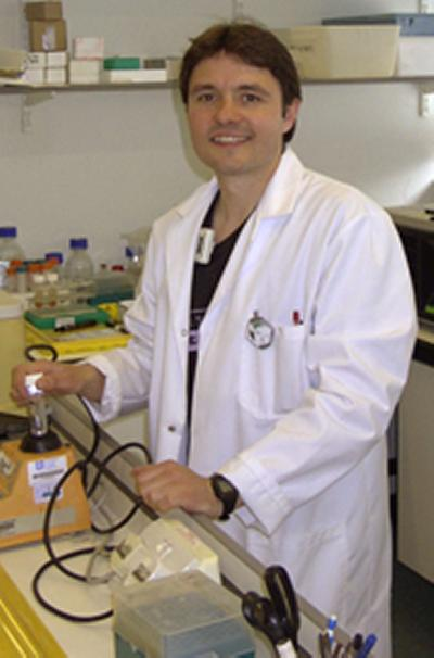 Dr Cragg is a cell biologist at the University of Southampton's School of Medicine