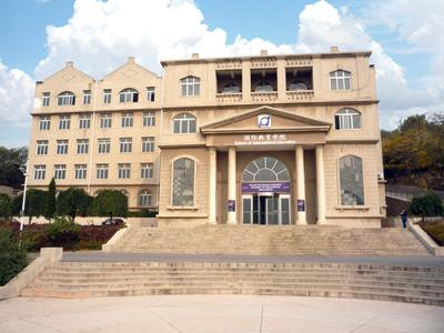The main teaching building at our Dalian Campus