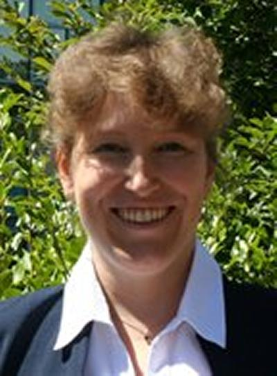 Dr Lisa Roberts