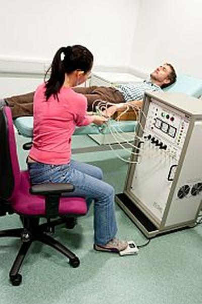 Finger systolic blood pressure measurement