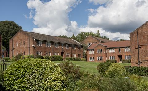 Glen Eyre Halls