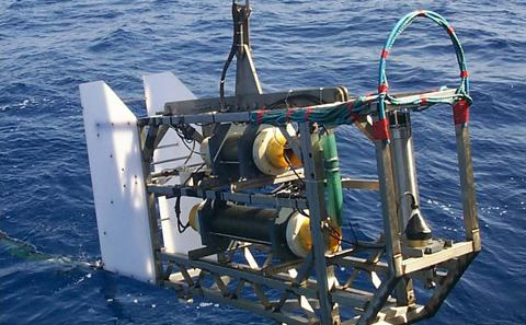 DASI - Deep-towed Active Source Instrument, the source for CSEM