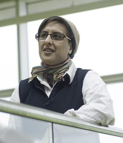 Dr Syma Khalid