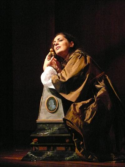 Theodora Baka as Artemisia