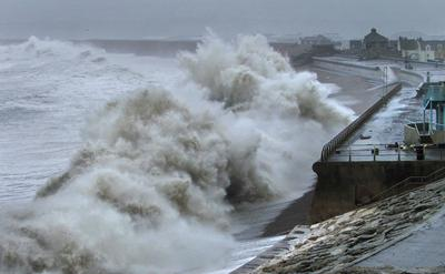Waves batter Chesil Beach
