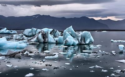 Picture of arctic sea ice