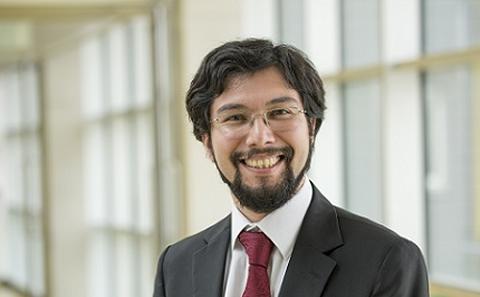 Dr Cristian Bravo