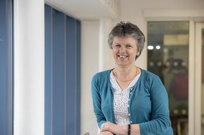 Prof Gill Reid