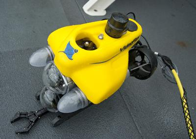 The mini-ROV