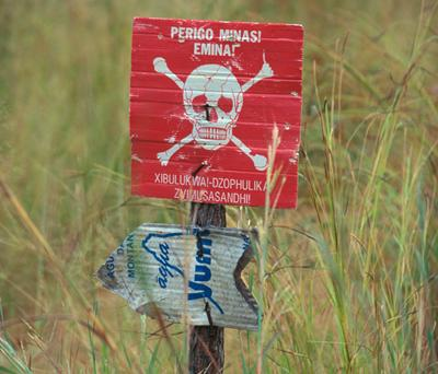 Landmine warning sign
