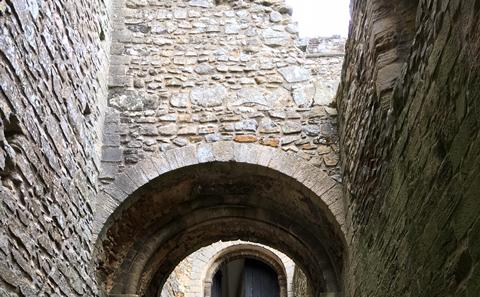 Ceremonial and fortified staircase