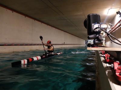 Kayak in towing tank