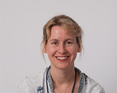 Dr Nicci Campbell